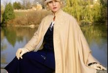 Sun meets silk:  Nicolette Sheridan